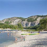 Ardeche-camping-Stacaravan-huren-Camping-La-Bastide-en-Ardeche-2